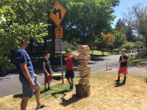Toydle: best block party games - Giant Jenga